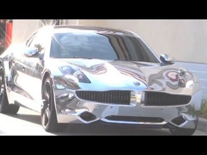 Justin Bieber's Chrome Fisker Isn't Just Tasteless, It's Illegal