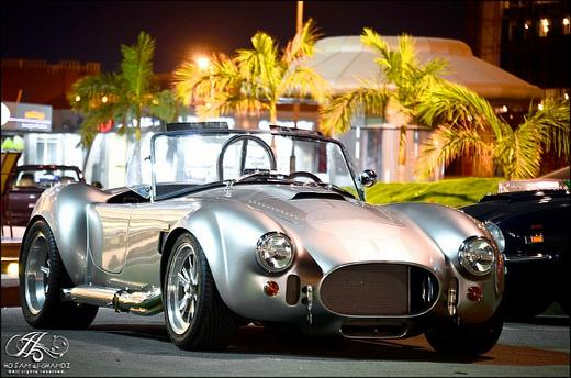 [PHOTO GALLERY] Chromed 1965 AC Cobra spotted in Saudi Arabia
