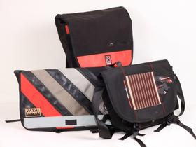 Chrome, Vaya and Sci'Con messenger bags