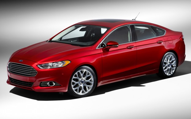 2013-Ford-Fusion-front-side-view
