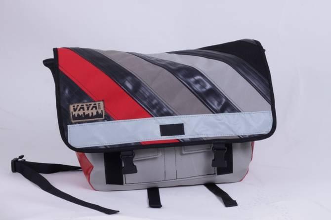 Vaya's recycled medi messenger: vaya's recycled medi messenger
